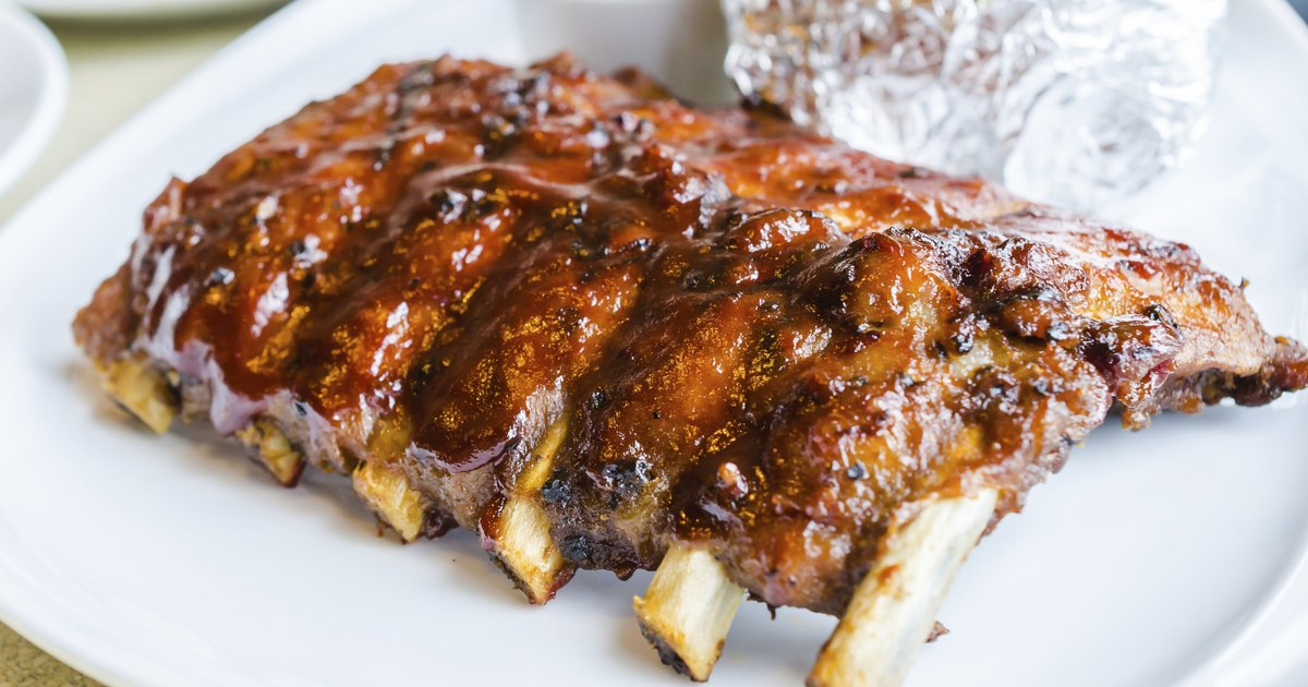 How to Grill Ribs in Foil