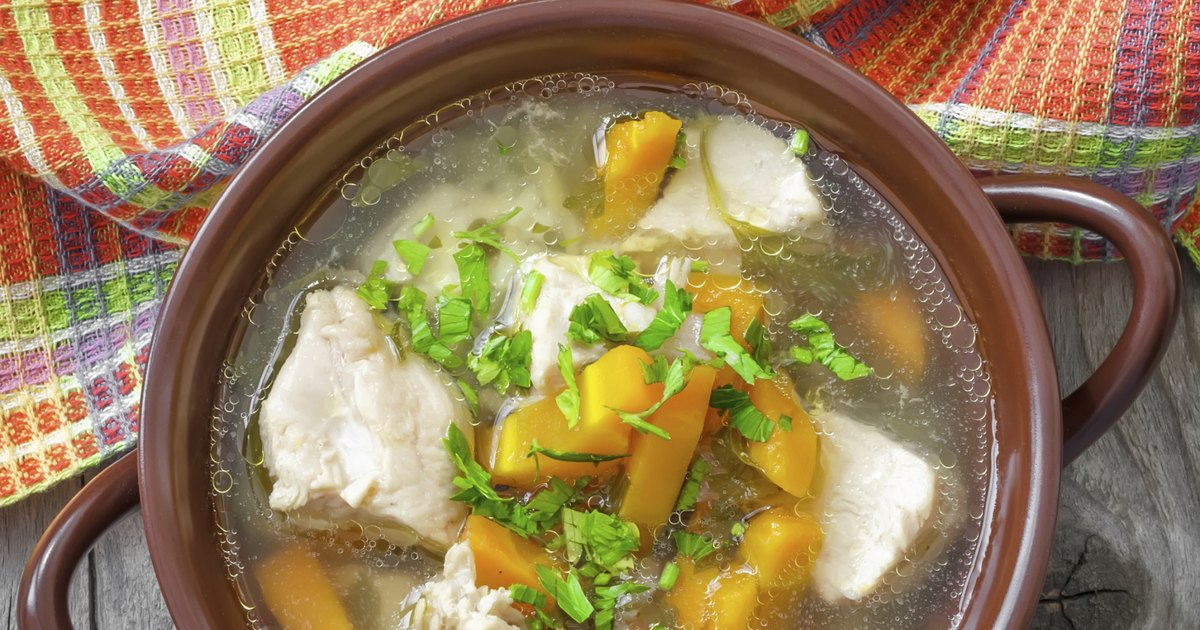 & The Calories in Homemade Chicken Vegetable Soup | LIVESTRONG.COM