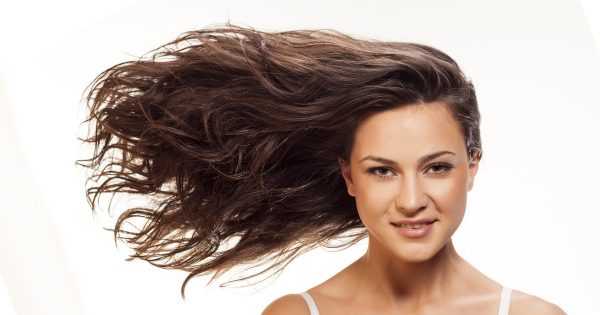 Natural Ways to Stop Hair From Falling Out   LIVESTRONG.COM
