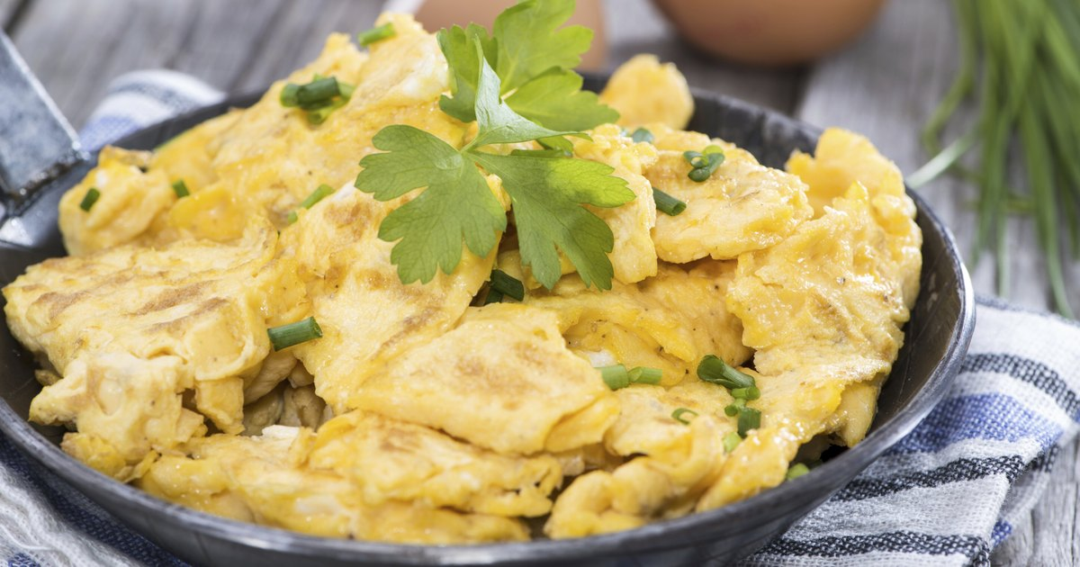 how to make scrambled boiled eggs