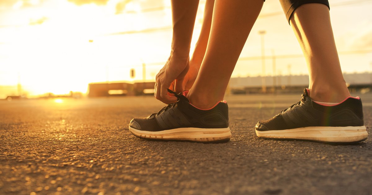 Brisk Walking to Lose Weight   LIVESTRONG.COM