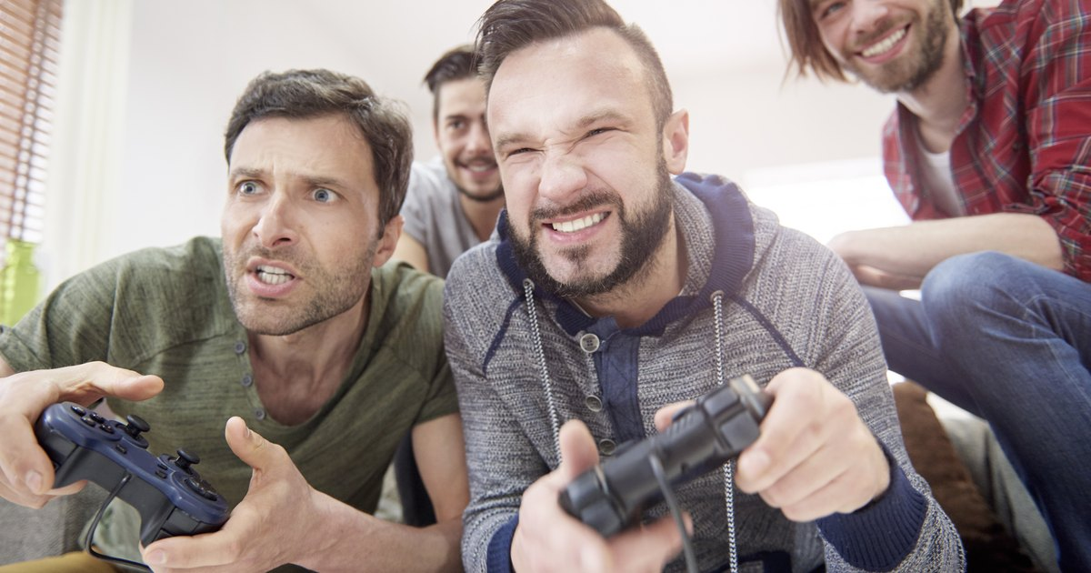 video games behavior effects on male Model behavior: a comparison of models explaining how video game violence affects aggression by maurice tan master thesis department of psychology - cognition & media.