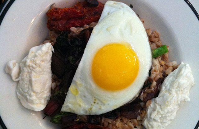 Mmm Bap! Farro Bibimbap (inspired by Black Cat Bakery and Whole Grain Foodie)