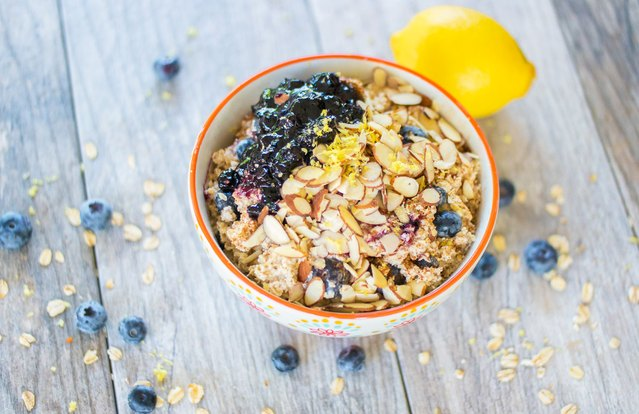 Blueberry-Lemon Muffin Oatmeal