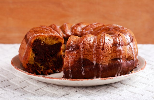 Vegan Pumpkin Chocolate Chip Bundt Cake