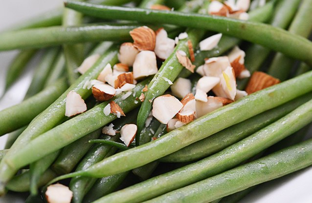 Chopped Almond String Beans