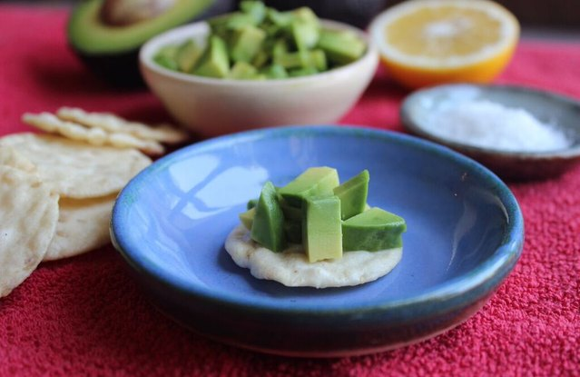 Avocado Tartare on Sesame Rice Crackers
