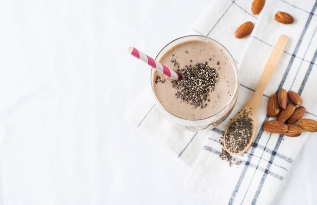 Chia Almond Date Smoothie