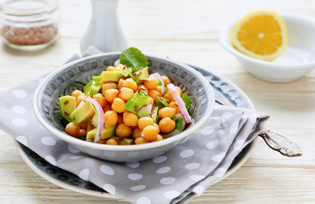 Chickpea, Avocado and Red Onion Salad