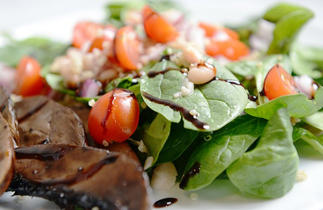 Portobello and White Bean Spinach Salad