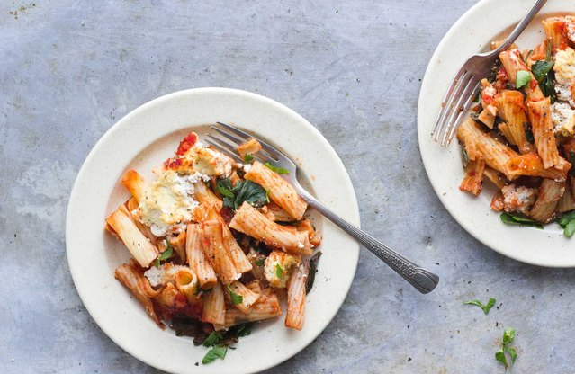 Baked Ziti With Spinach and Herbed Ricotta