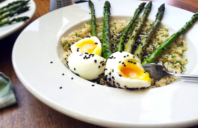 Eggs and Grilled Asparagus over Scallion Rice
