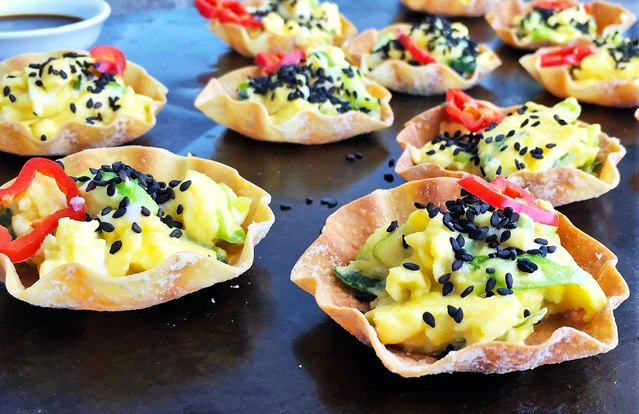 Scallion Scrambled Eggs in Dumpling Cups