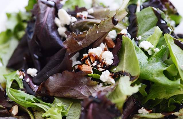 Goat Cheese and Fig Vinegar Salad