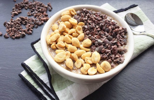 Overnight Banana-Chia Breakfast Pudding Bowl With Cacao Nibs and Nuts
