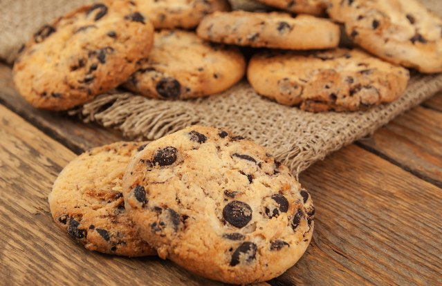 Gluten-Free Paleo Dark Chocolate Chip Cookies