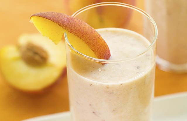 Peach-Ginger Cobbler Smoothie