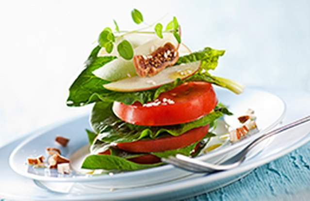 Almond and Apple Mixed Greens Salad