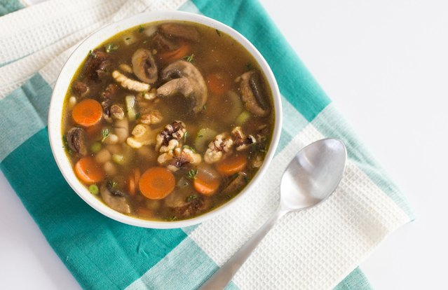 White Bean & Veggie Soup
