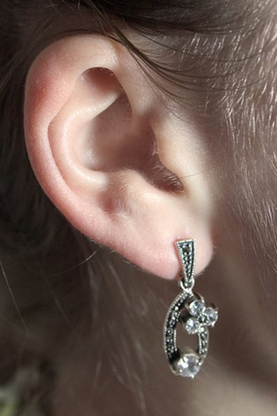 How to Clean Pierced Ears