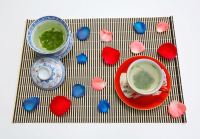 Switching to green tea or herbal tea can help eliminate caffeine-induced anxiety.