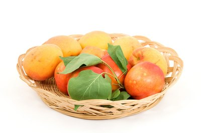 Are Peaches Carbohydrates?