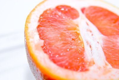 How Many Calories Does a Whole Grapefruit Have?