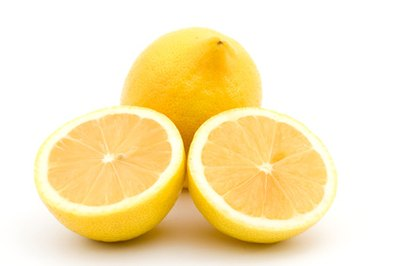 How to Clear Acne With Lemon Juice