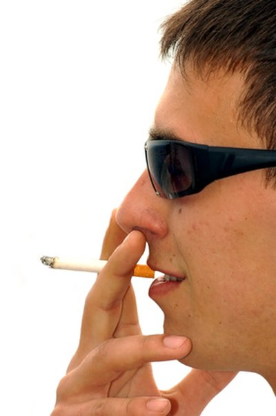 What Effects Does Smoking Have on the Kidneys?