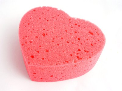The birth control sponge is a non-hormonal method of preventing pregnancy.