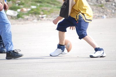 Adolescents who play sports that require twisting, running or jumping are prone to pain.