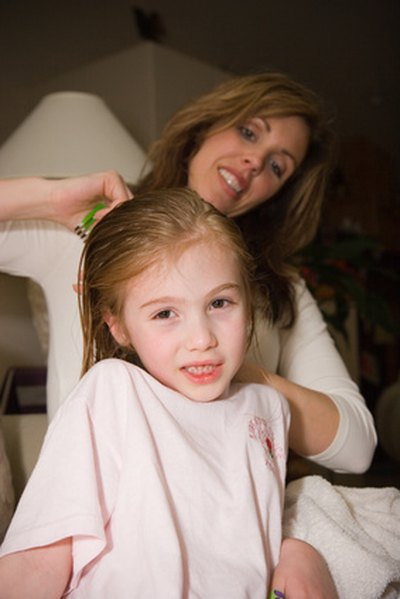 White Vinegar for Lice Treatment