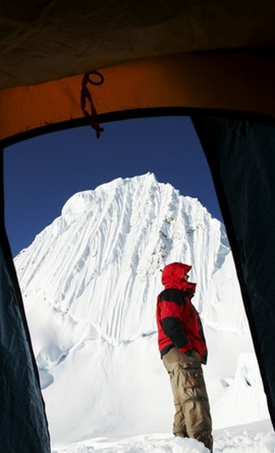 The Best Extreme Cold Weather Tents & The Best Extreme Cold Weather Tents | LIVESTRONG.COM
