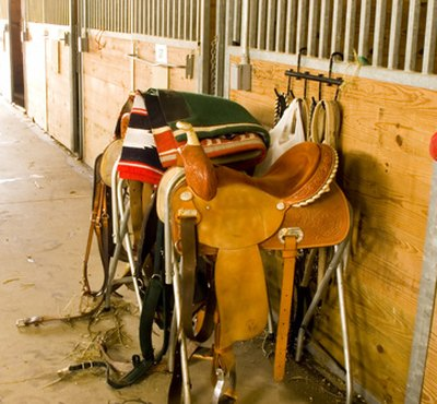 How to Measure Western Saddle Seat Size