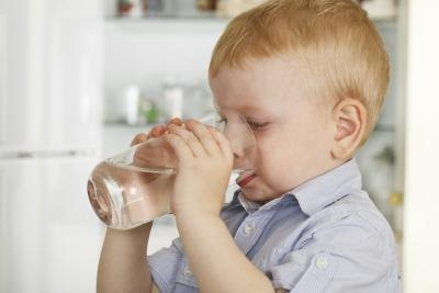 What Are the Best Drinks for a Child with an Upset Stomach?