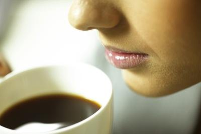 Does the Caffeine in Coffee or Tea Cause Acid in Your Stomach?