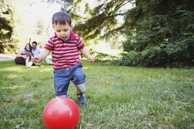 ball games for 1 2 year olds activities to improve balance and coordination in children 7982