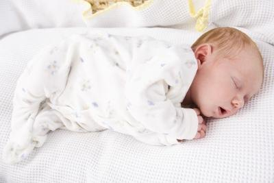 Home Remedies For an Infant's Sore Throat   LIVESTRONG.COM