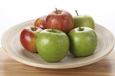 Are Green Apples Better Than Red on Low-Carb Diets?