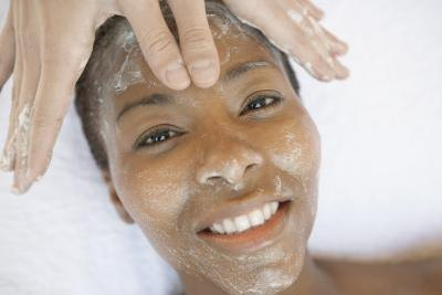 Is it Safe to Exfoliate the Face Daily With Sea Salts?