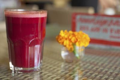 What Are the Benefits of Beet Juice Vs. Cooked Beets?