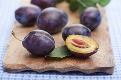 Plums are highest in flavonoids when eaten with the skin.