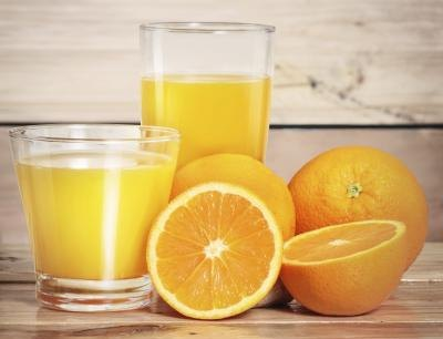 Citrus fruits and fruit juices may lead to heartburn.