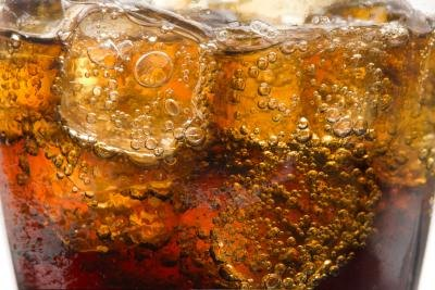 Artificial sweeteners found in diet sodas should be avoided.