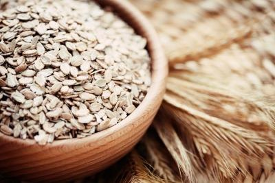 Dry cereals and other fibrous foods help prevent high blood pressure.