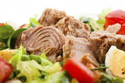 Is Eating Tuna After a Workout Just As Good As Drinking a Protein Shake?