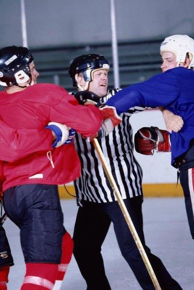 Curious topic pee wee hockey brawls