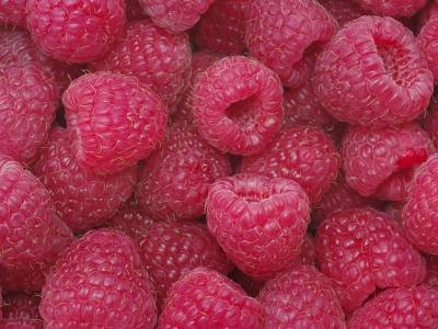 Berries are rich in vitamin C.
