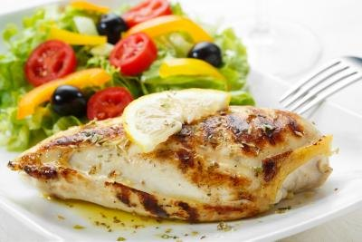 A 4-ounce portion of either chicken or turkey breast provides 350 to 390 milligrams of L-triptophan.
