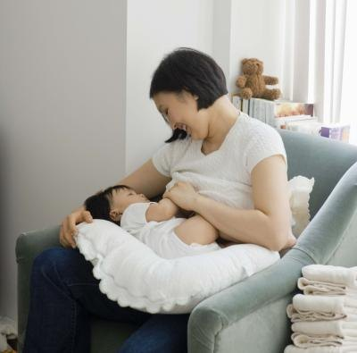 Can Breast Milk Cause Gas Pain in an Infant?